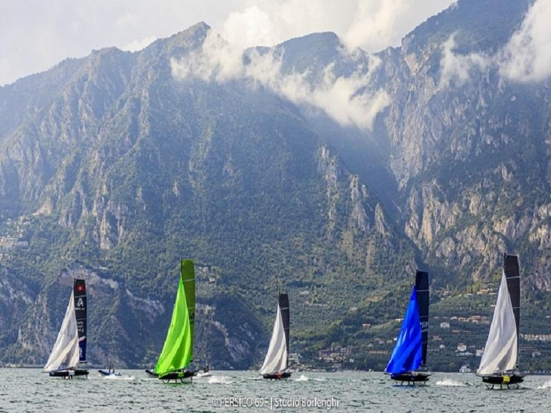 Foiling World Cup per equipaggi Under-25